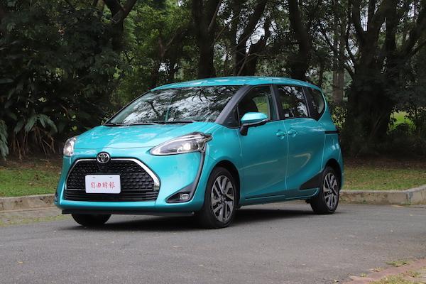 台灣賣最好國產小型 MPV!Toyota Sienta 小改款試駕(有影片)