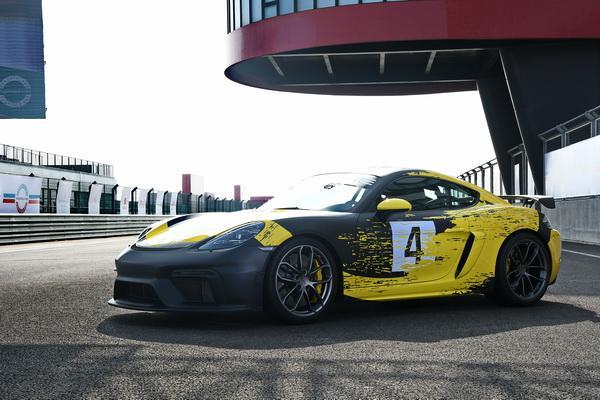 手排迷看過來,Porsche 718 Spyder/Cayman GT4 雙雄登場!