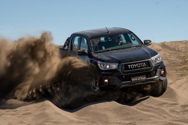 Toyota Hilux 皮卡變超帥,原廠正式發表 GR Sport 車型!