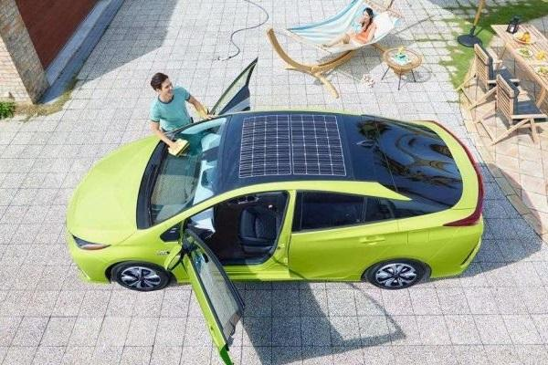 官方揭露新資訊:Toyota 油電車還能更省油!