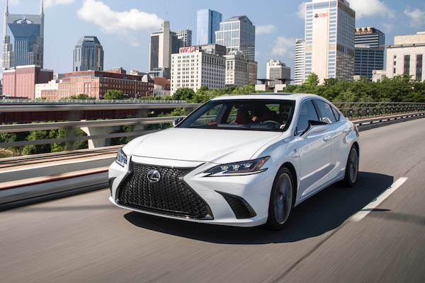 Lexus 明年在台上市新車有哪些? IS 大改款、ES 將有 F Sport 運動車型