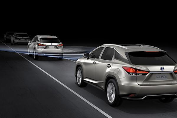 年底換新車哪些配備不能少?汽車專家最推薦 5 項配備