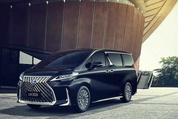 預計 12 月底發表的豪華 MPV,Lexus LM 完整配備一次看!