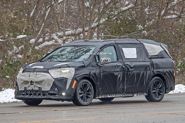 空間變更大,Toyota 新一代大改款 MPV 現身!