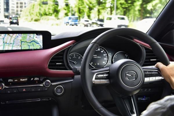 日本每年仍有 53 萬起交通事故,日媒統整 7 大駕駛 NG 行為!