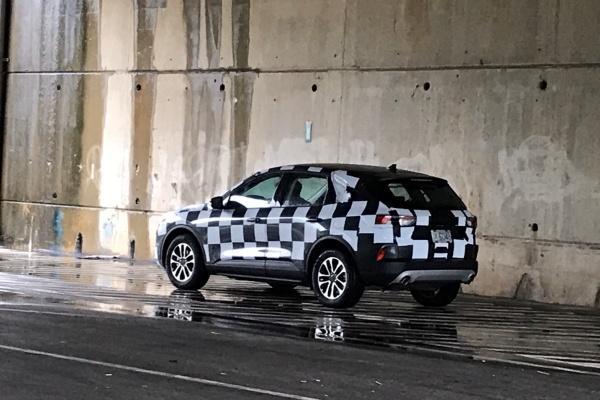 新一代Ford Kuga偽裝現身台灣 明年Q2上市有望!