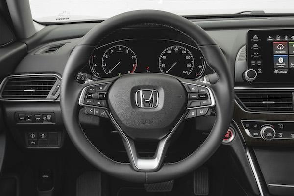 Honda 打造新式汽車方向盤,外媒評論:像廚房濾碗!