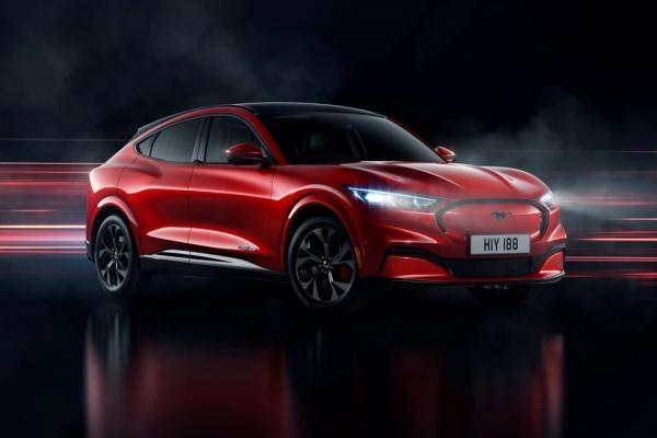 Ford 工程師批評 Tesla 不該造車!專注開發電池、軟體技術就好