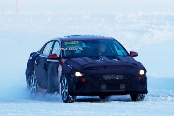 Focus、Altis 的新對手!大改款 Hyundai Elantra 揭露更多資訊