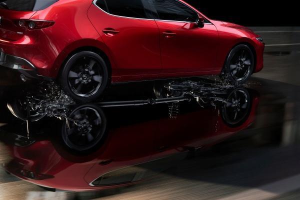 全車系都可以選 AWD 系統,日規 Mazda 3 追加汽油四驅車型!