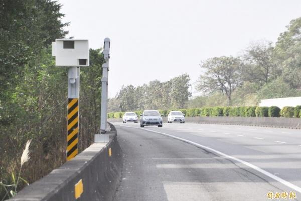 國道用路人注意!固定式測速照相地點 2 月新增 6 處