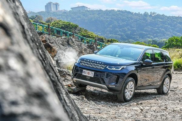 詮釋紳士越野休旅風,小改款 Land Rover Discovery Sport 試駕!