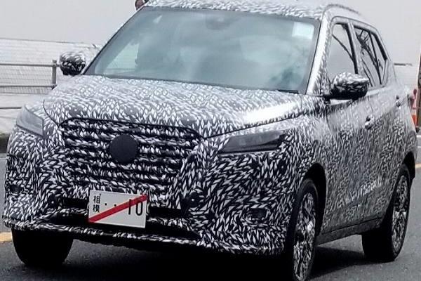 Nissan Kicks 改款近照曝光,車頭與車尾都有明顯變動!