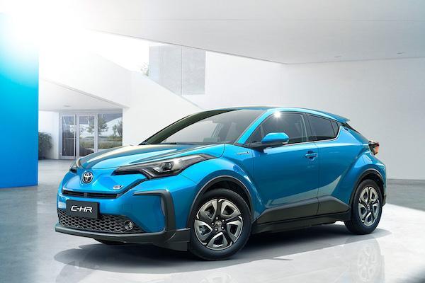 充飽電可跑 400 公里!Toyota C-HR 電動車詳細數據揭露