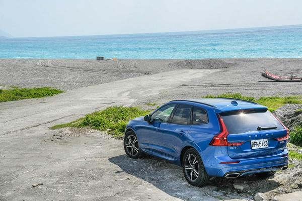 Volvo XC60 B5 輕油電實力測試:台北花蓮來回油錢竟 500 元有找