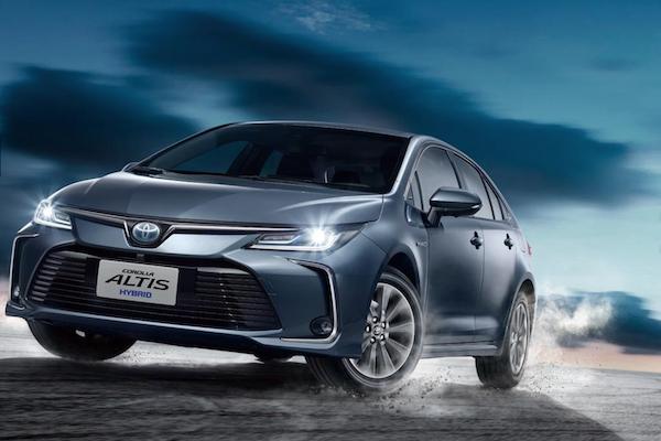 2 車型都增加新配備!Toyota Altis 油電全車系售價調漲