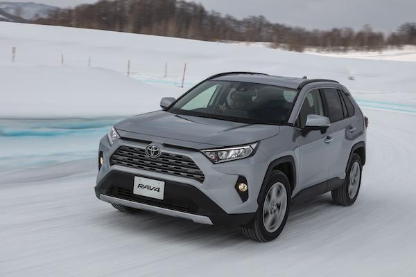 可能影響行駛狀況!Toyota 發出 RAV4 召回通知,台灣逾 2000 輛需處理