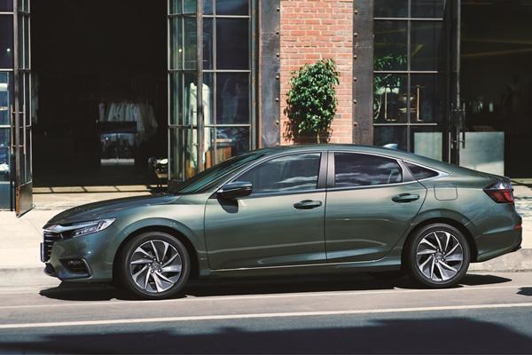Toyota Prius 的勁敵,小改款 Honda Insight 登場!