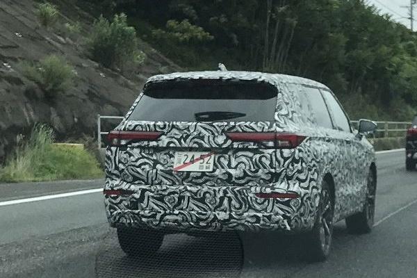 較勁RAV4、Kuga PHEV,大改款三菱Outlander測試車現身!