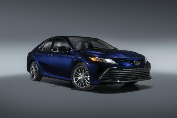 Toyota 最新 TSS 2.5+ 主動安全首次搭載,新年式 Camry 登場!
