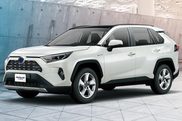 可能調漲 2 至 3 萬!Toyota 新年式 RAV4 預接單售價公佈