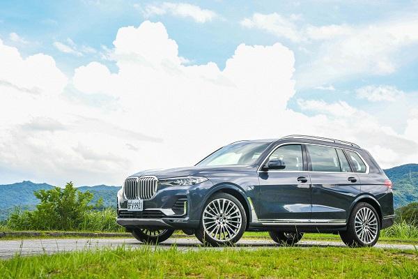 7 人休旅新物種,BMW X7 xDrive40i 試駕報告!