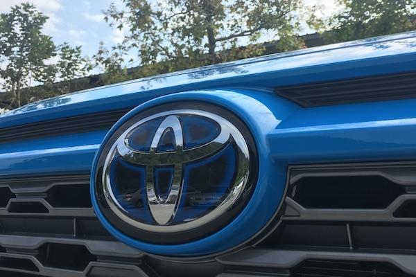 睽違 6 年的第一名!2020 上半年全球新車銷售冠軍 Toyota 領先 Volkswagen