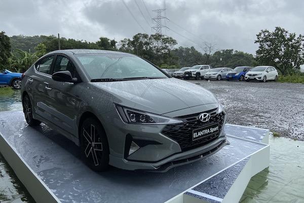 換上新車色與新配件!Hyundai 推限量版 Elantra Sport 搶市場