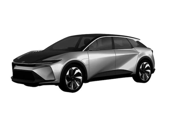 是跨界轎跑還是休旅車?Lexus 註冊新車名考倒外媒與車友