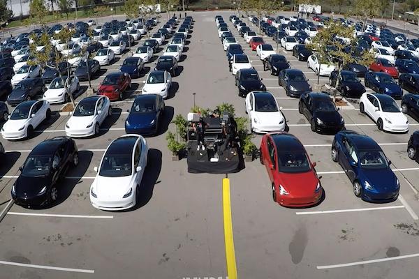 特斯拉發表自製全新電池,執行長:75 萬元有找 Tesla 電動車有望!