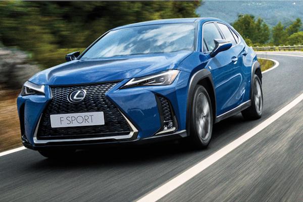 Lexus UX 小休旅新年式沒漲價,還改善了車主很在意的一件事!