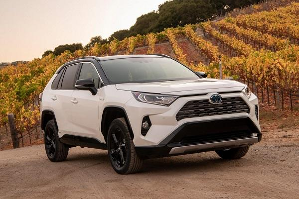 加強產品陣容,美規 Toyota RAV4 推油電新車型!