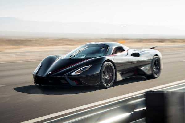 時速突破 508 公里!美國車廠改寫最速量產車金氏世界紀錄