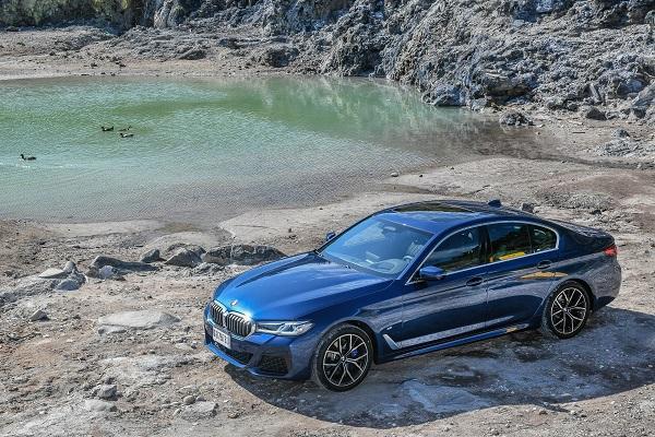 型男搭上潮科技,小改款 BMW 5 Series 試駕報告!