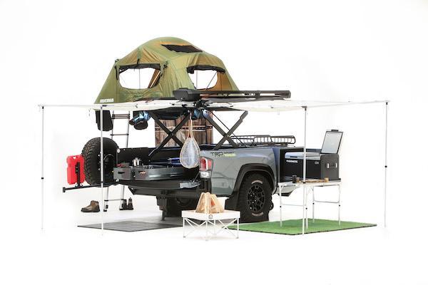 號稱「終極露營裝備」! Toyota 露營拖車有 2 樓平台可賞星星