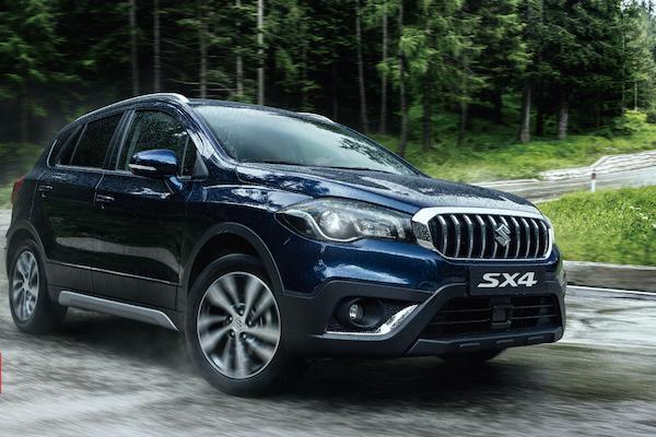 終於標配 ACC 與煞車輔助!Suzuki SX4 新年式售價逼近 90 萬