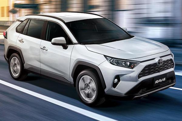 台灣 1 月車市銷售拉長紅!賣破 5000 輛新車可能是「它」