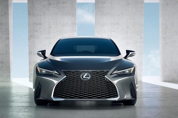 重啟經典招牌,Lexus 無預警釋出新車預告!