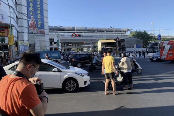 交通事故輕傷 政院修法「無過失逃逸」免除刑期可易科罰金