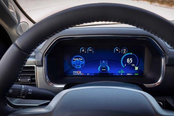 福特比Co-Pilot360强大,它为自动驾驶的特斯拉推出了新系统!