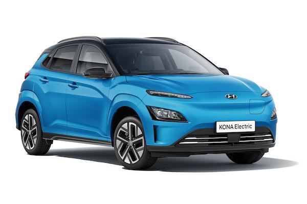 现代柯纳EV电动汽车的电池续航时间为480公里,几乎没有任何伪装出现在台湾街头!