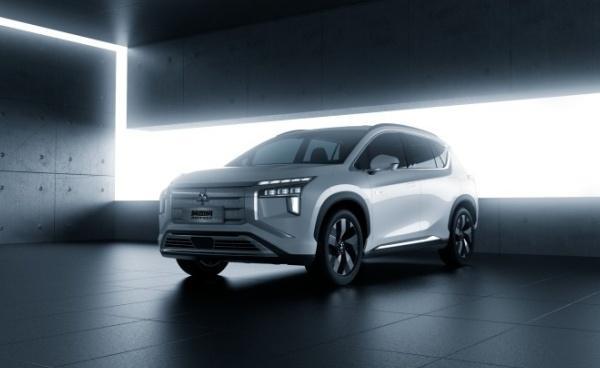 Mitsubishi 全新 SUV 正式發表,內裝首搭大尺寸觸控螢幕!
