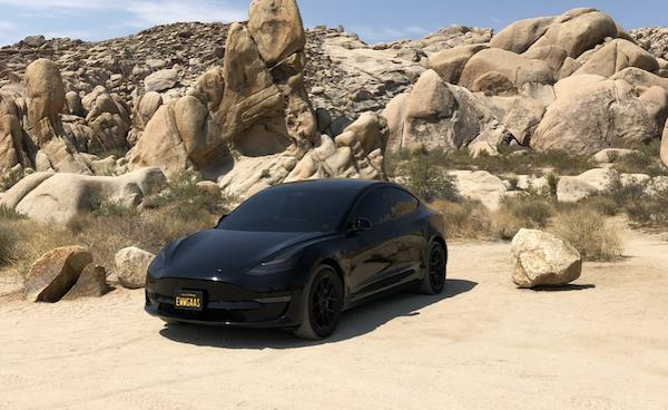 特斯拉養車真的省?美國 Model 3 車主 2 年保養 4000 元有找