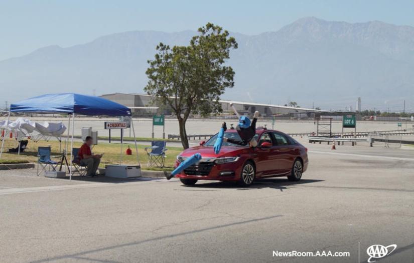 (影片)主動煞停、車道維持非萬能!實測畫面怵目驚心