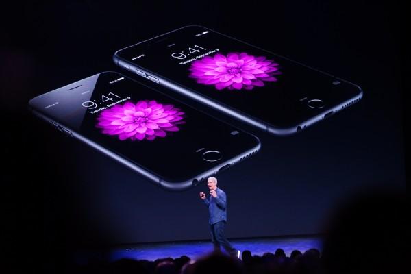 iOS 更新「掉漆」蘋果股價大跌逾3%