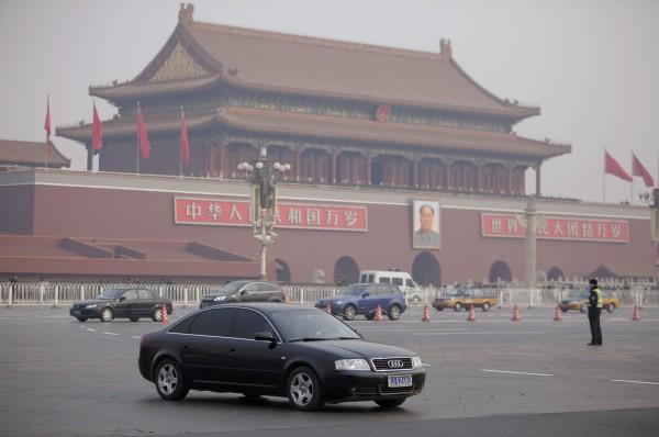 CNN:中國房市債市搖搖欲墜 恐有崩盤危機