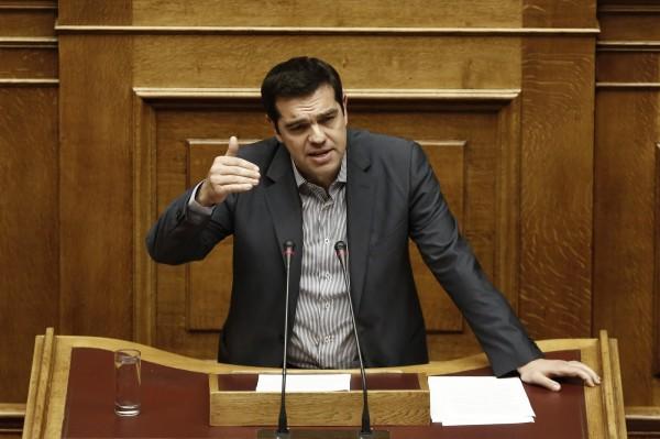 希臘、伊朗情勢漸樂觀  國際油價小跌
