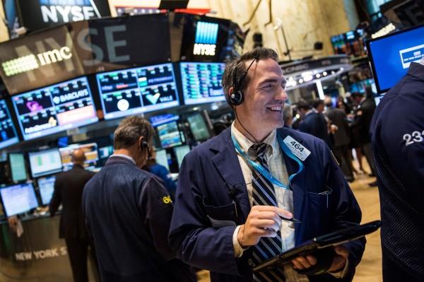 美股終止連7跌 道瓊大漲逾241點