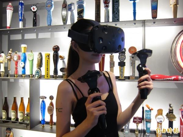 宏達電虛擬實境裝置Vive 讓你看莎拉波娃