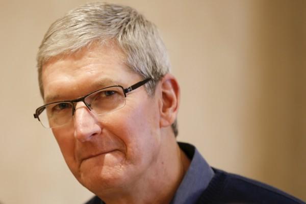 蘋果在中國製造不為成本? 庫克:為了技術!